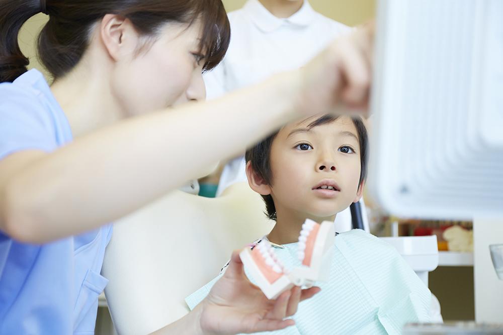 子供のすきっ歯は「みにくいアヒルの子時代」